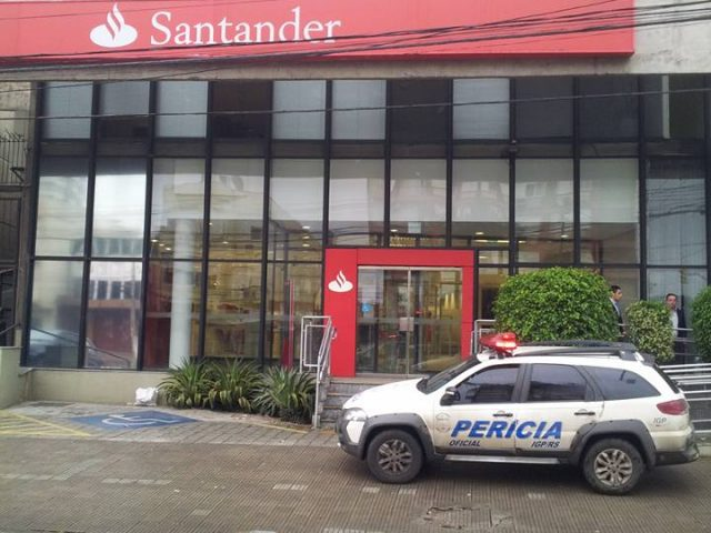 Criminosos assaltam agência do Santander na Capital e Sindicato ...