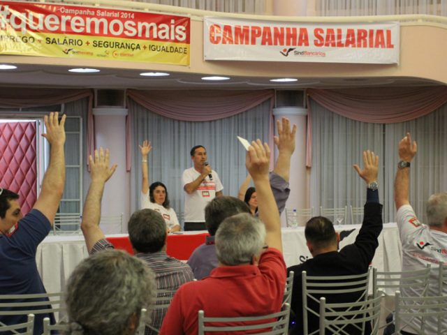 Plenária reafirma GREVE fortalecida, exalta unidade e marca assembleia ...