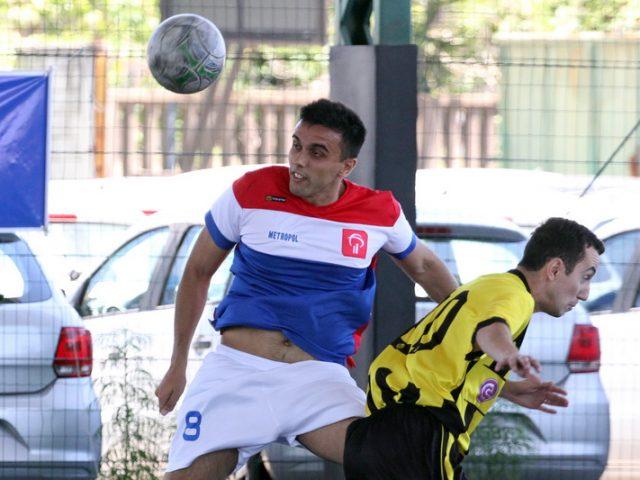 Futebol Sete do SindBancários define semifinalistas após quartas ...