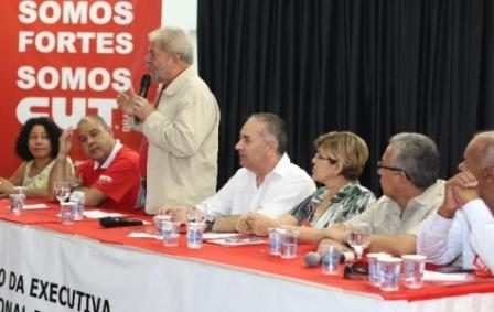 Em reunião da CUT, Lula pede mais ação ...