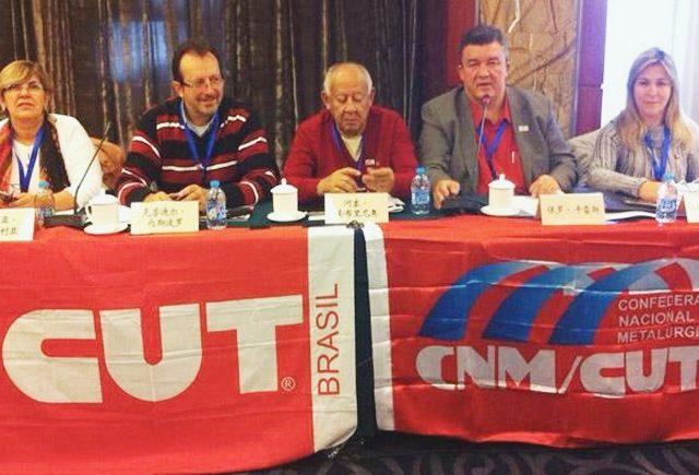 Relação entre sindicatos e governos é debatida em intercâmbio ...