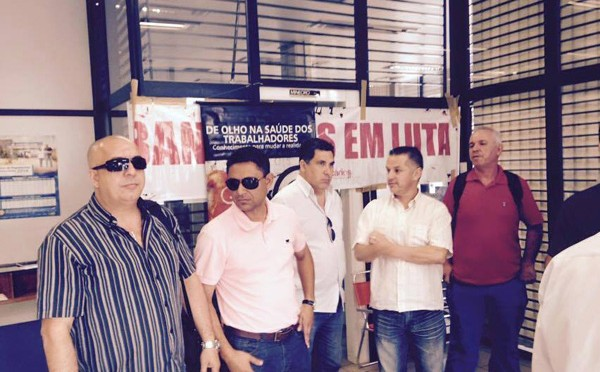 Bancários fecham agência do Banrisul com defeito no ...