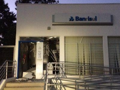 Ataques ao Banrisul e Sicredi em Três Forquilhas e Terra de Areia, no Litoral Norte, na quarta-feira, 12/09