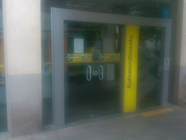 Dupla ataca agência do Banco do Brasil na Reitoria ...
