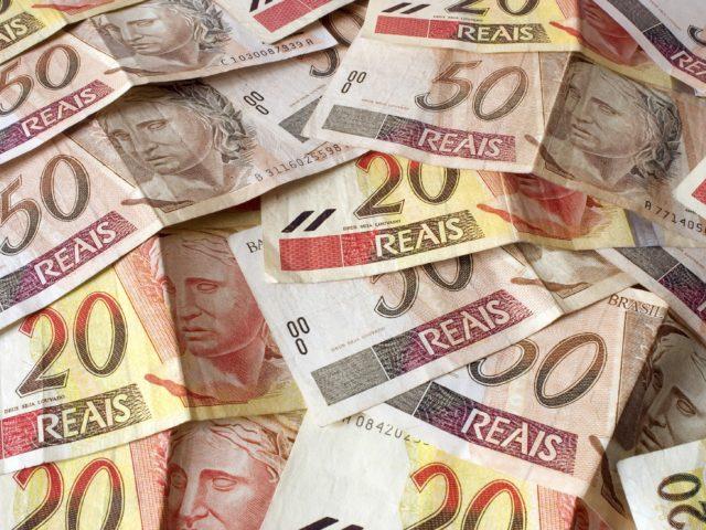 Lucro de empresas na bolsa cai, mas ganhos de bancos ...