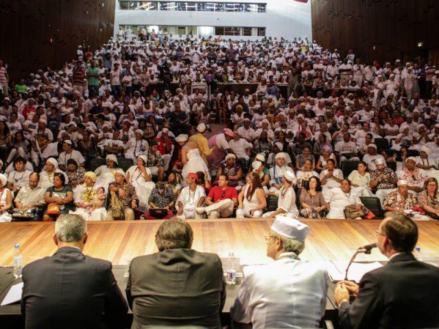 Dirigentes do SindBancários participam de debate sobre sacrifício ...