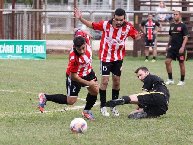 Primeira fase do Campeonato Bancário de Futebol de Campo ...