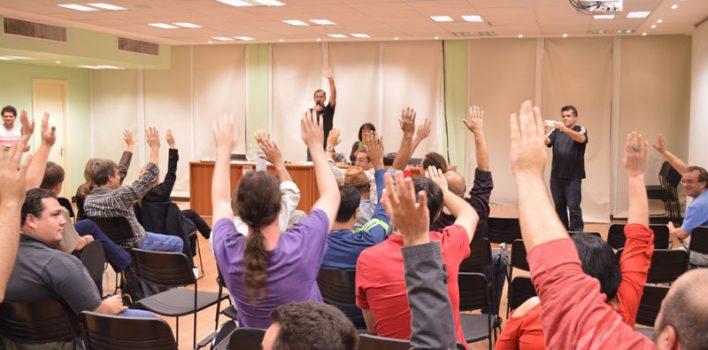 Bancários decidem por unanimidade em assembleia participar de paralisação e manifestações da sexta, 29/5