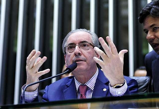 Após golpe de Cunha, Câmara aprova financiamento privado ...