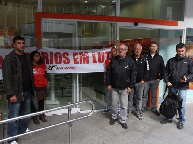 No início da campanha salarial, Itaú ameaça com ...