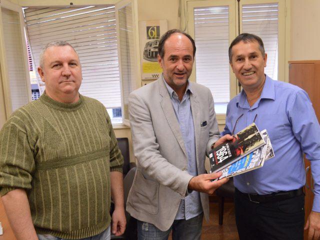 SindBancários recebe visita de ex-dirigente e comentarista de arbitragem ...