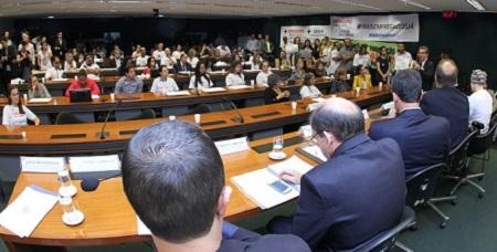 Audiência pública defende reforçar quadro de funcioná...
