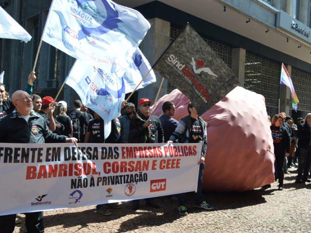 Banrisul público caminha para lucro de R$ 1 bilhão ...