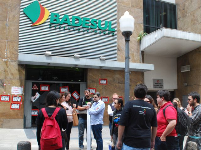 Colegas do Badesul consideram proposta do banco insuficiente e decidem ...