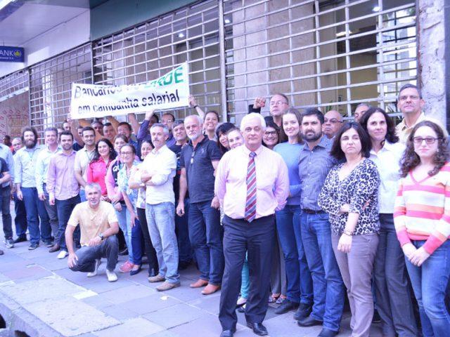 SindBancários convoca assembleia geral dos funcionários do BRDE ...