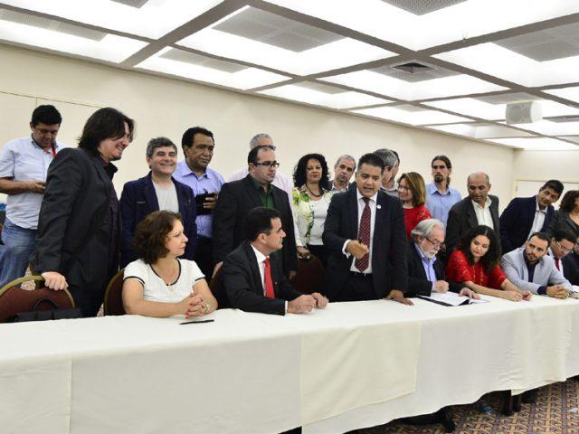 Convenção Coletiva de Trabalho do Banco do Brasil é assinada