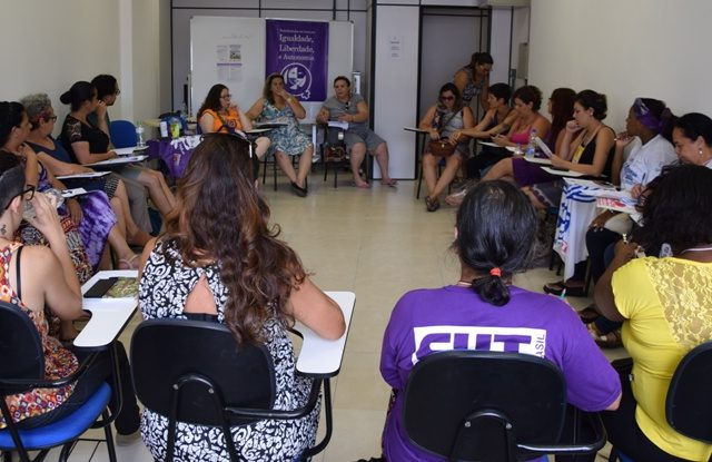 Oficina da CUT no FST reforça combate à violência ...