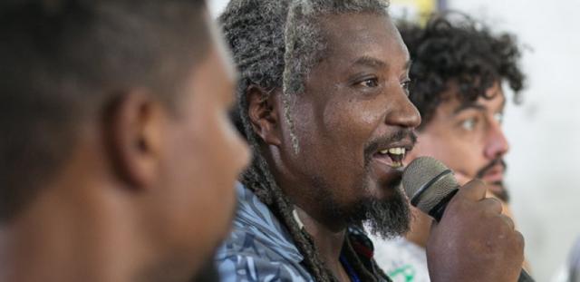 Em Porto Alegre, palestrante negro do Fórum Social Mundial é ...