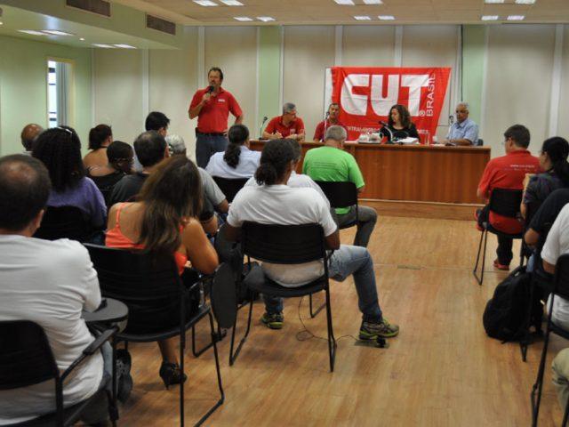 Plenária da CUT-RS reforça manifestação contra o ...