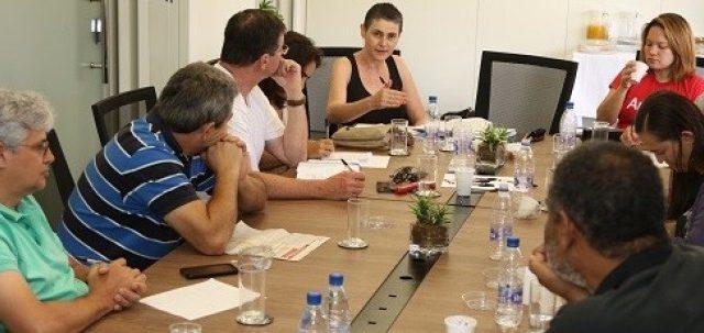 CEE/Caixa vai convocar atividades contra a proposta de reestruturaçã...