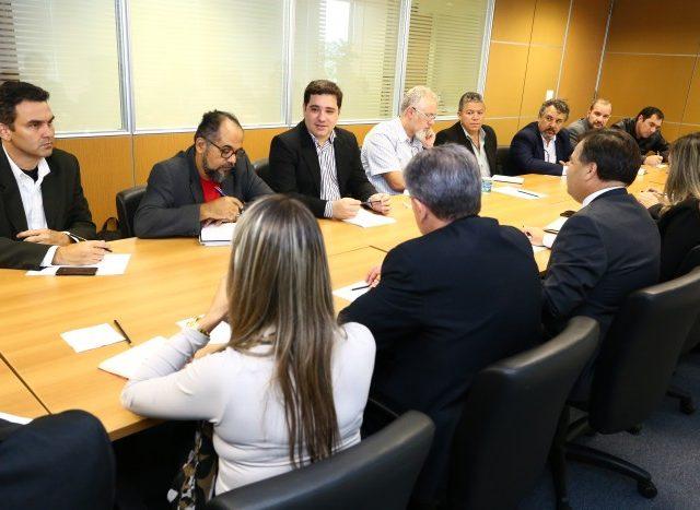 Mesa Temática com Fenaban debate projeto-piloto de segurança ...