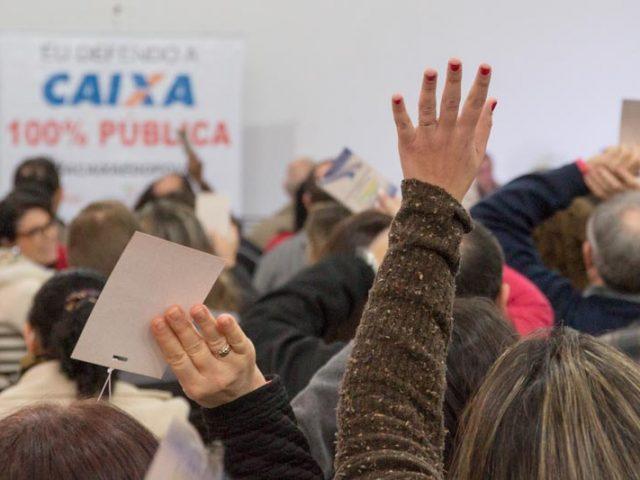 Dirigentes do SindBancários e da Fetrafi-RS participam de Seminá...