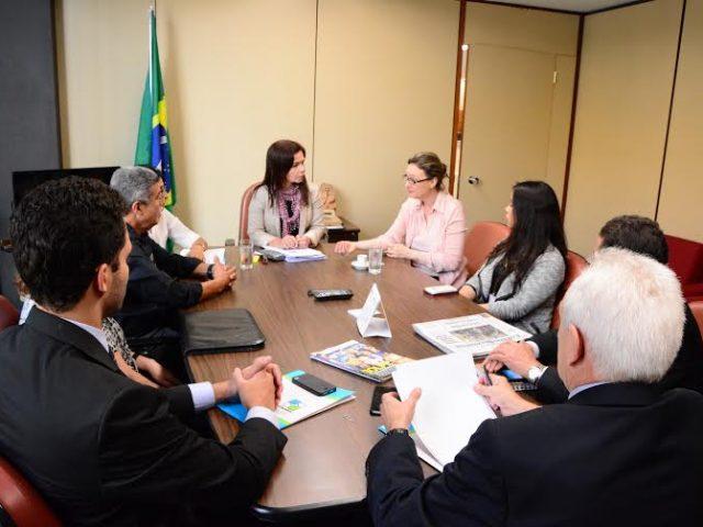 Anapar e deputada Maria do Rosário debatem PLP 268/2016 com ...