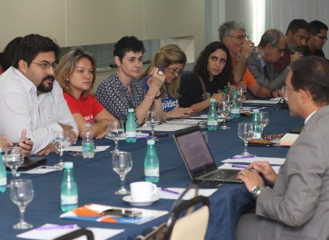Reunião da mesa permanente reforça risco de abertura ...