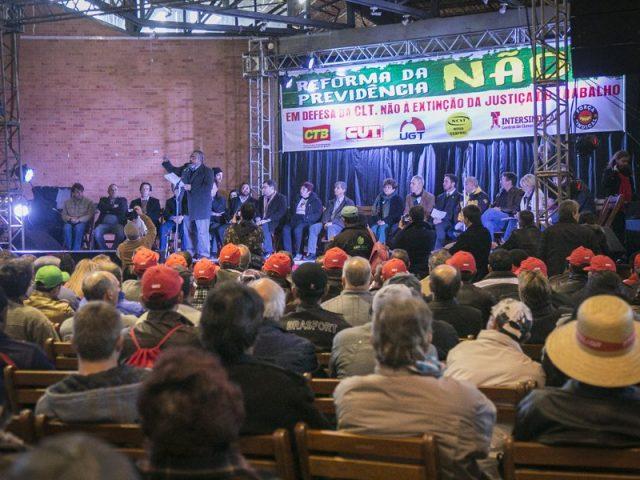 Trabalhadores gaúchos se unem com senador Paim em defesa ...