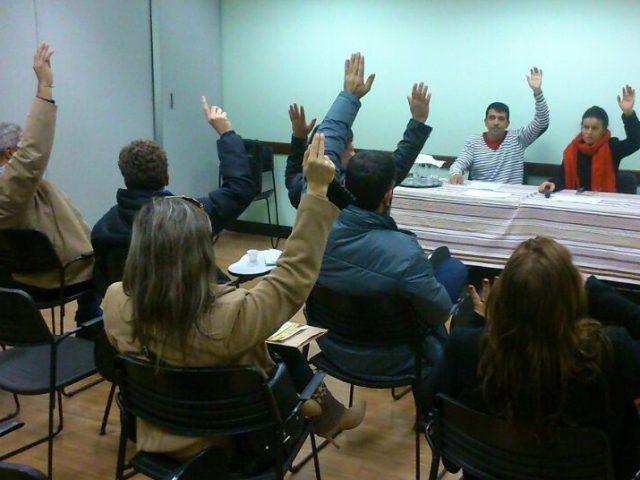 Assembleia de colegas do Itaú-Unibanco aprova por unanimidade renovaçã...