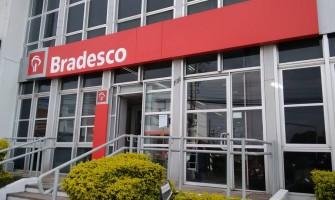 Na madrugada, criminosos acessam cofre de agência do Bradesco em Gravataí através de loja ao lado
