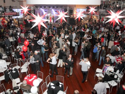 O grande Baile dos Bancários, nesta sexta-feira, está com convites à venda na sede do Sindicato