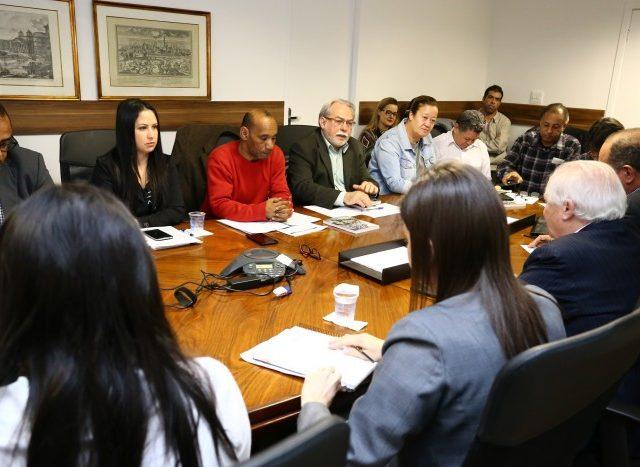 Financiários rejeitam proposta da Fenacrefi de 7,86% de reajuste salarial