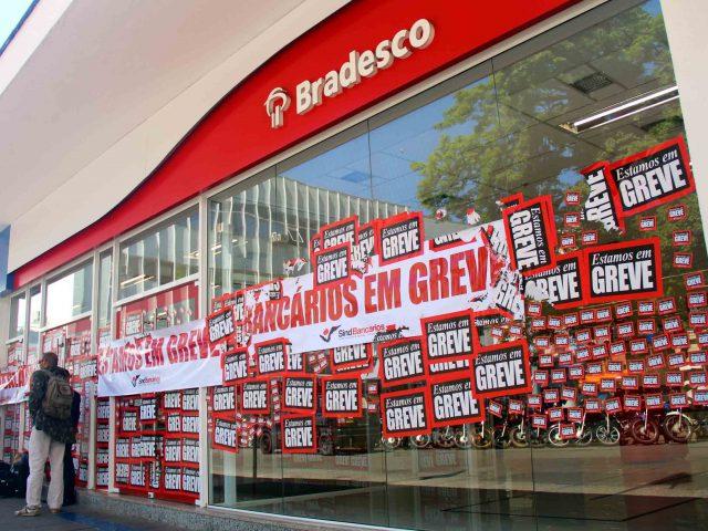 Bancários intensificam a greve em seu 11º dia de paralisaçã...