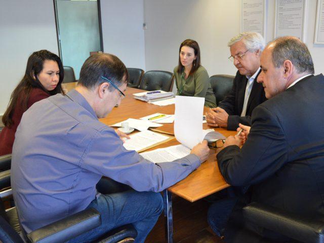 Colegas do Badesul assinam acordo aditivo com a diretoria e ...