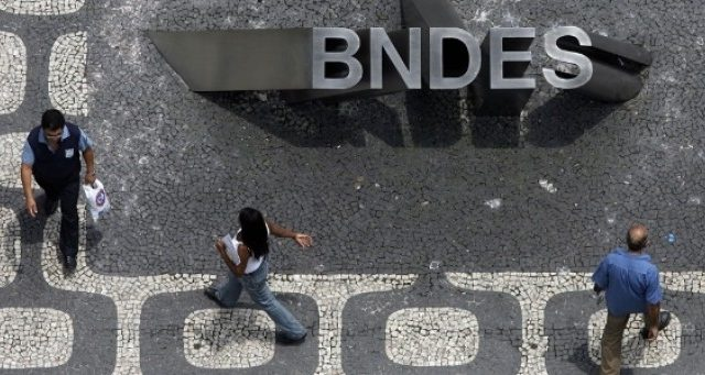 Assembleia do BNDES nesta sexta (11) poderá definir campanha salarial