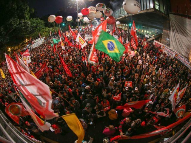 Trabalhadores gaúchos param no dia nacional de greve e ...