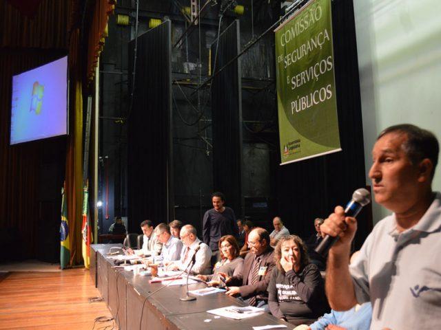 SindBancários e Fetrafi-RS defendem Banrisul e Badesul públicos ...
