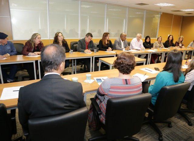 Contraf-CUT cobra avanços na questão racial na mesa ...