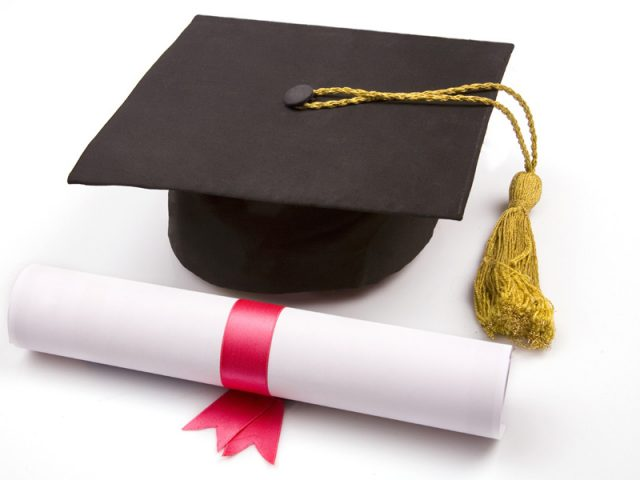 Inscrições abertas para bolsa no Santander. Auxílio-educação ...