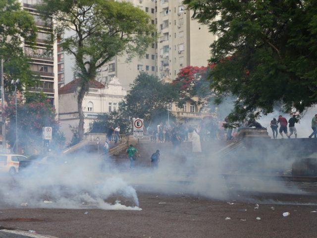 Bombas de gás, helicópteros e spray: saiba quanto ...