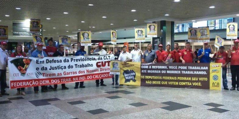 Ato da CUT-RS e centrais aumenta pressão contra reforma da Previdência