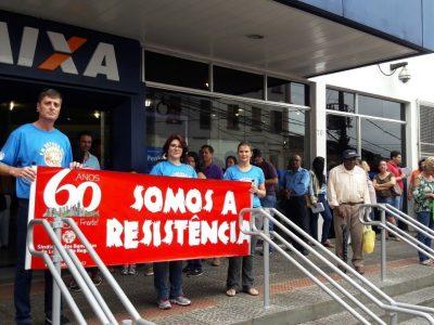 Empregados da Caixa realizam Dia Nacional de Luta em Defesa do Saúde Caixa