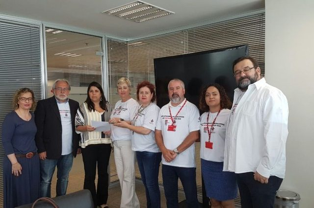 Funcionários do Santander realizam dia nacional de luta em ...