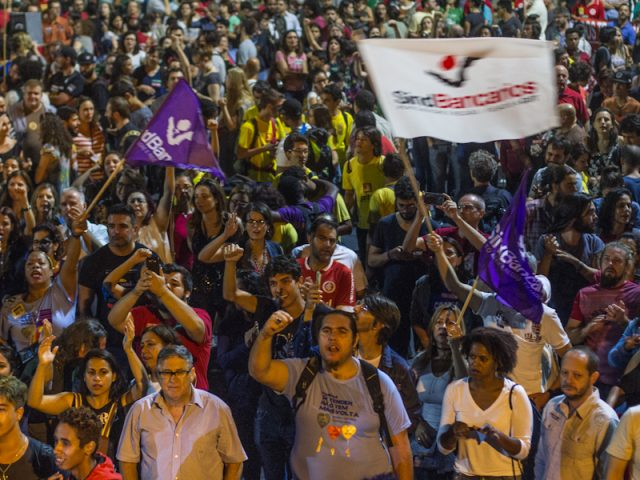 Fotos da greve geral do dia 28 de abril