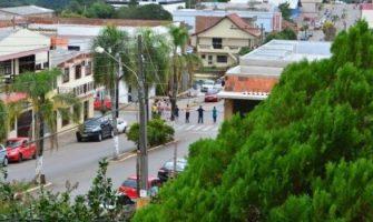 Em mais um caso de Novo Cangaço, criminosos sitiam Boqueirão do Leão no Feriado de Tiradentes a arrombam caixas eletrônicos e cofre