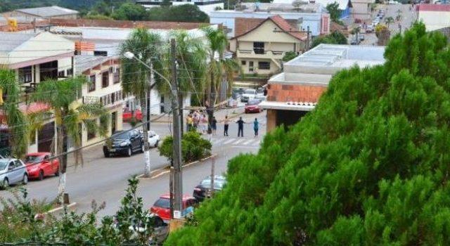 Em mais um caso de Novo Cangaço, criminosos sitiam ...