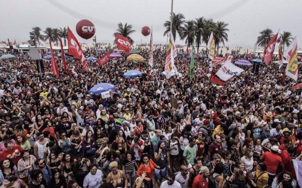 Ato-show pelas Diretas Já reúne mais de 100 mil pessoas ...