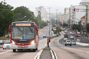 Criado em 1989, Marchezan corta passe-livre em 1º de Maio nos ônibus ...