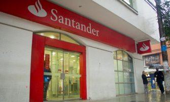 SindBancários chama 51 colegas do Santander para receber cheques de ação de descumprimento de acordo coletivo de 1991. Veja se o seu nome está na lista